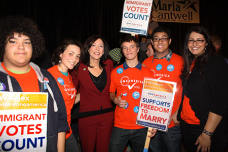 Senator Maria Cantwell with youth